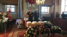 Pogrzeb ofiar mordu w Łęgutach