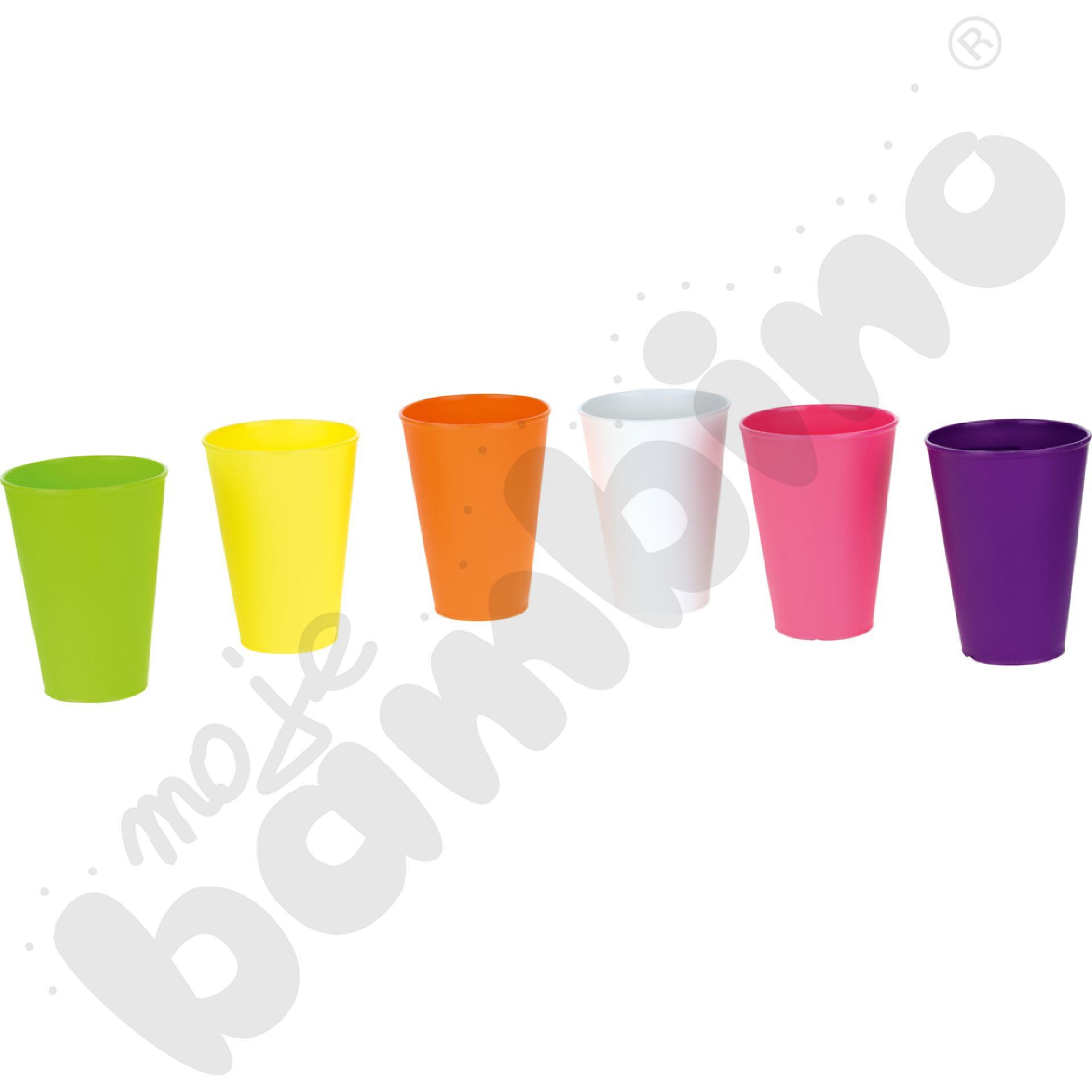 Plastikowy kubek 0,4 l mix