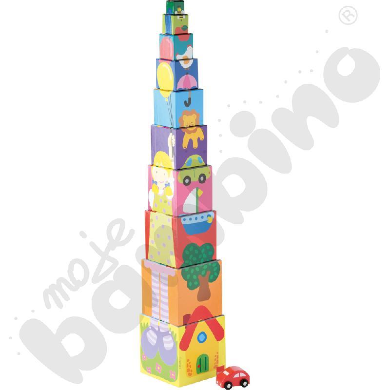Wieża z autem