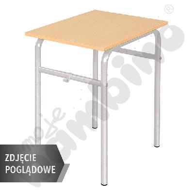 Stół Daniel 70x50 rozm. 4-6, 1os., stelaż aluminium, blat HPL szary, obrzeże drewniane, narożniki proste