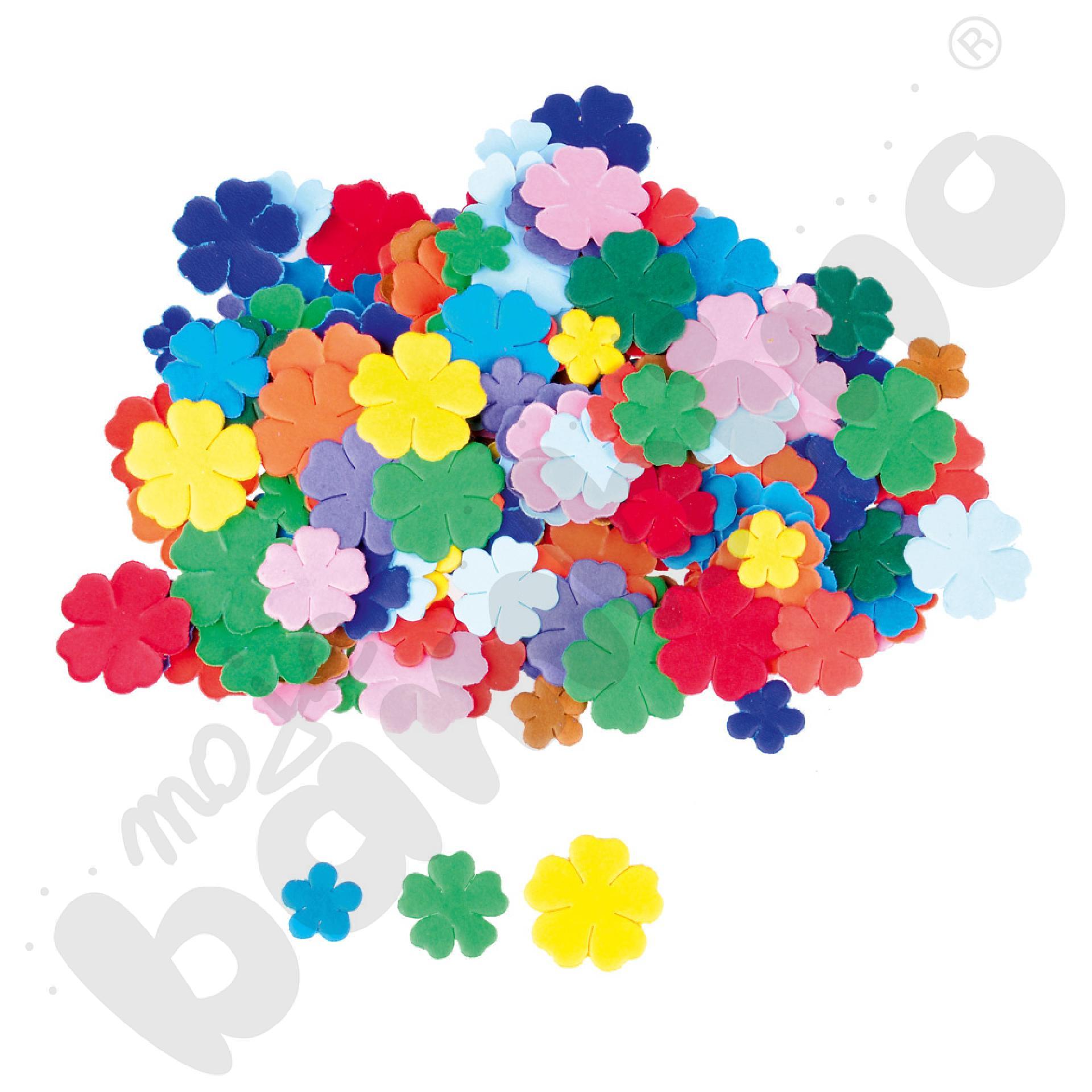 Kartonowe kwiatuszki