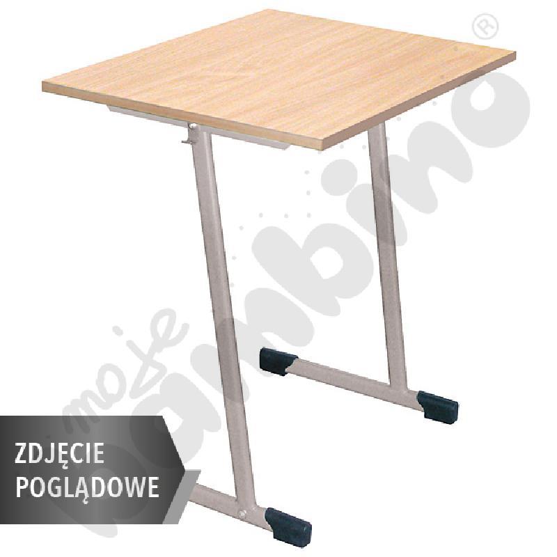 Stół T 70 x 50 rozm. 2-3, 1os., stelaż czerwony, blat HPL szary, obrzeże drewniane, narożniki proste