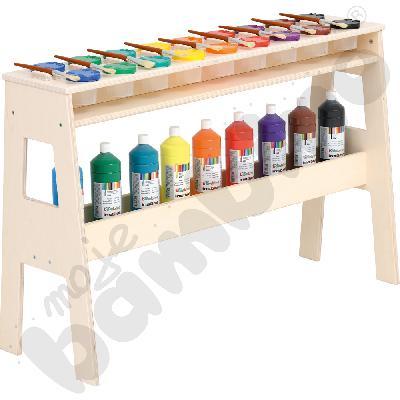 Stojak z farbami i pojemnikami