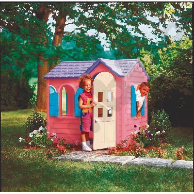 Domek wiejski różowy