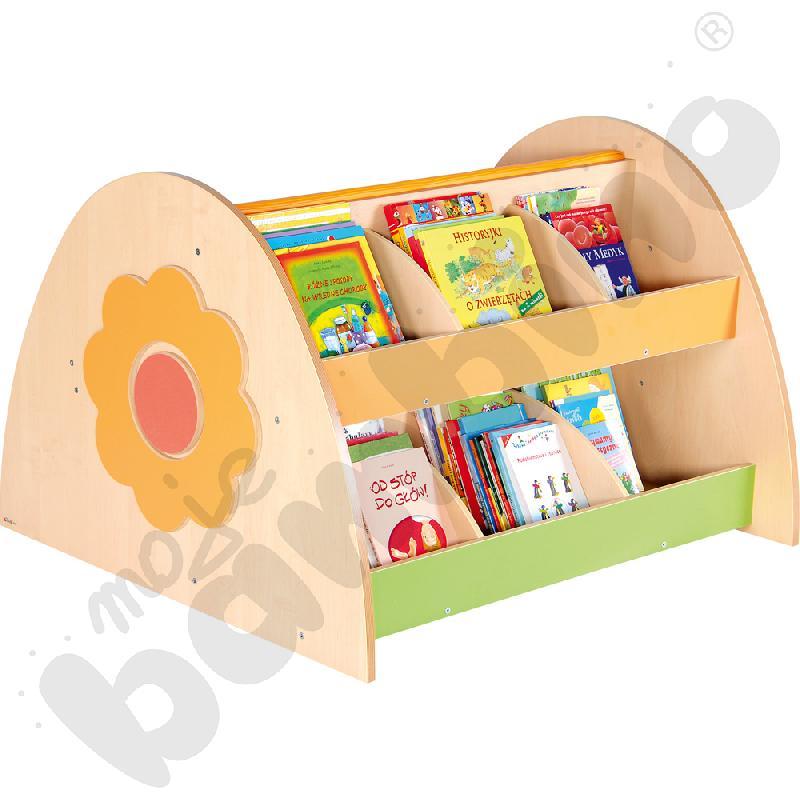 Biblioteczka z ławeczką