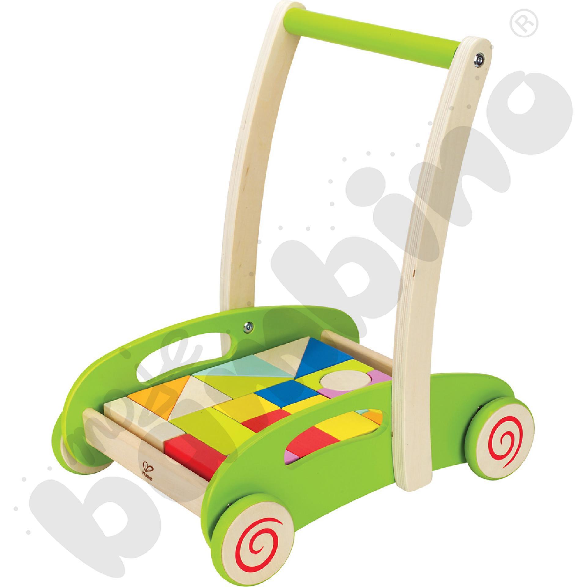 Wózek z kolorowymi klockami