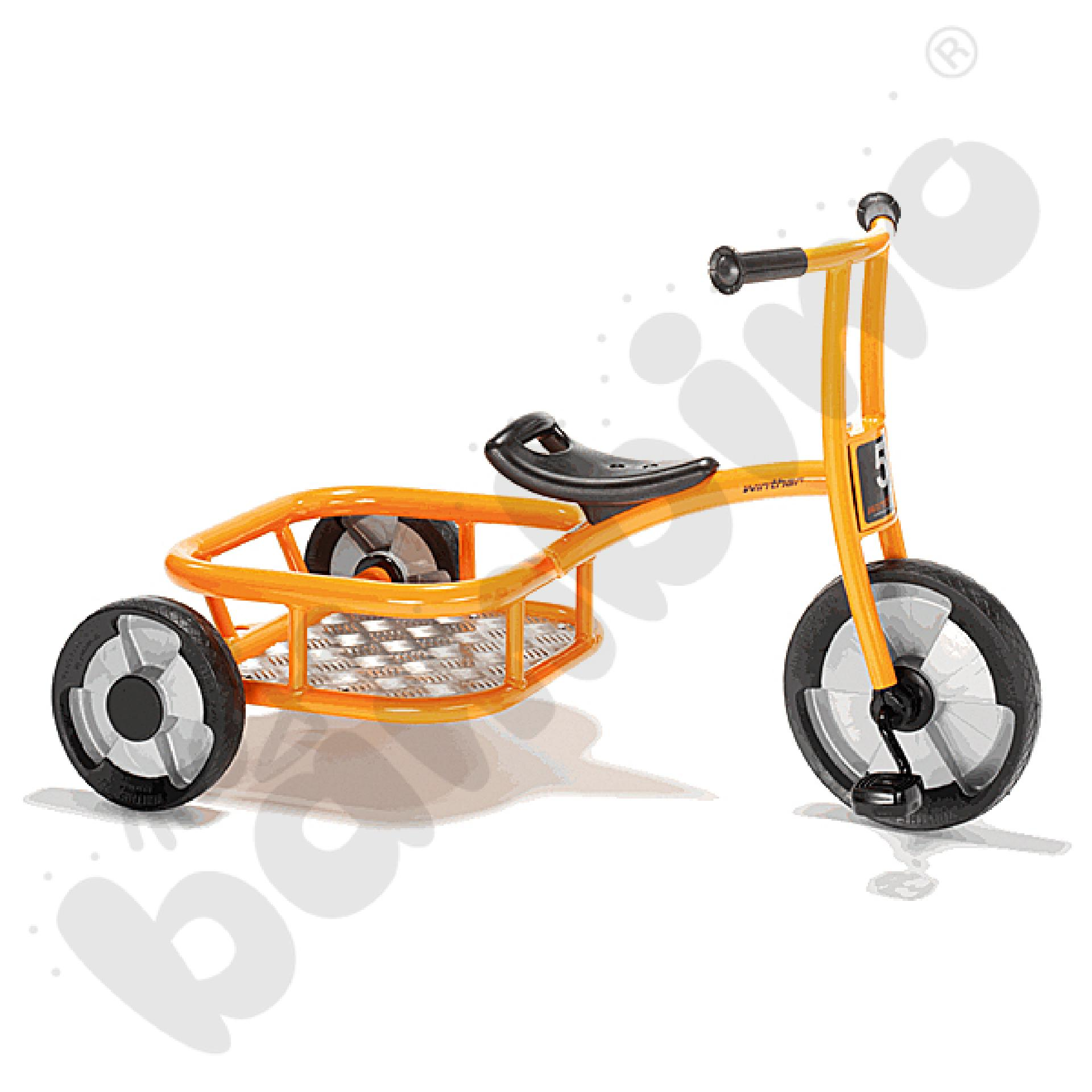 Rowerek z kółkami bocznymi i bagażnikiem