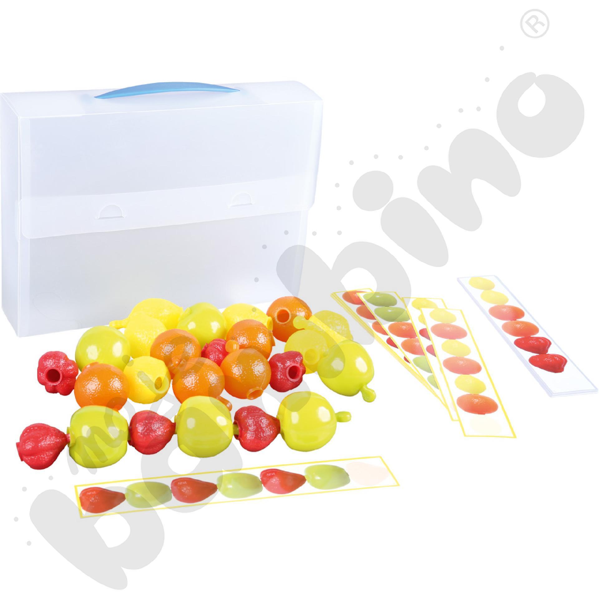 Zestaw owoców z kartami zadań