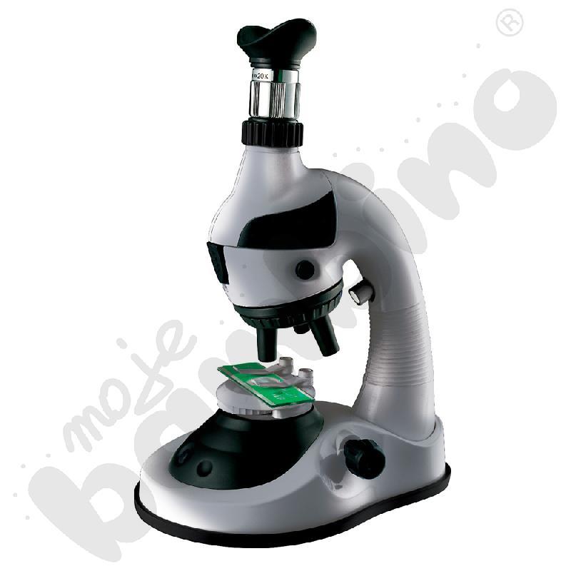 Mikroskop z zestawem do badań