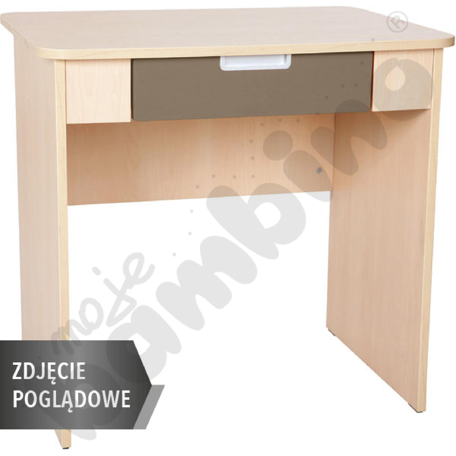 Quadro - biurko z szeroką szufladą - brązowe, w białej skrzyni