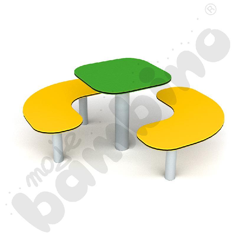 Narożniki ze stolikiem