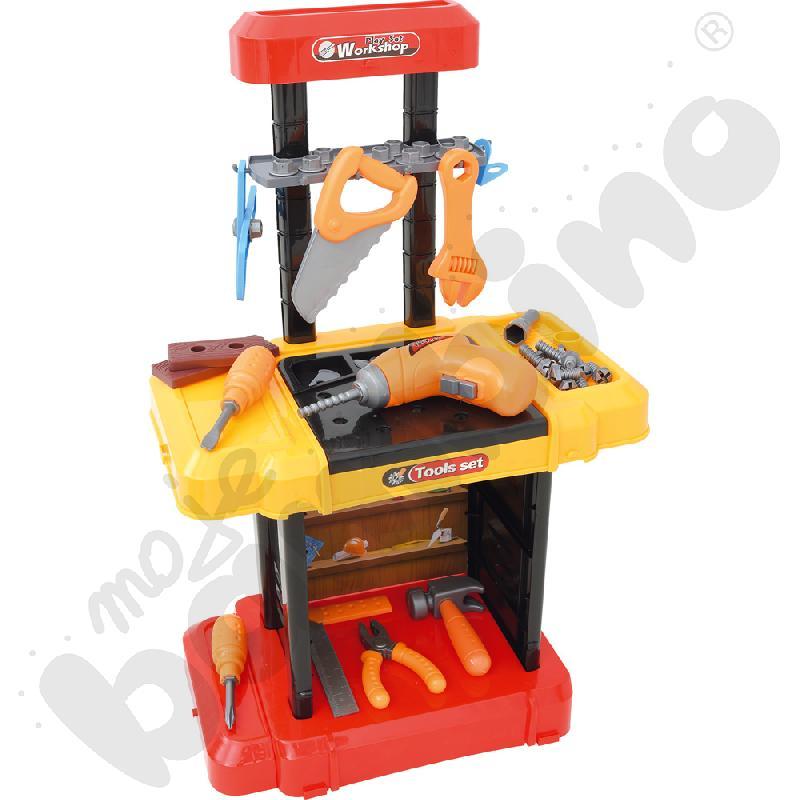 Warsztat z narzędziami