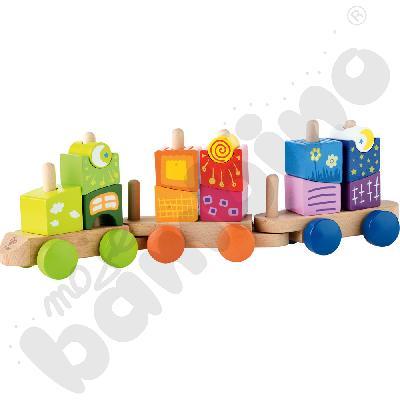 Wagoniki z kolorowymi klockami
