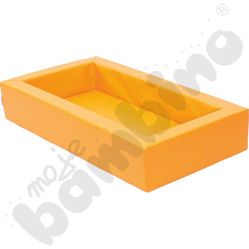 Pomarańczowe łóżeczko...
