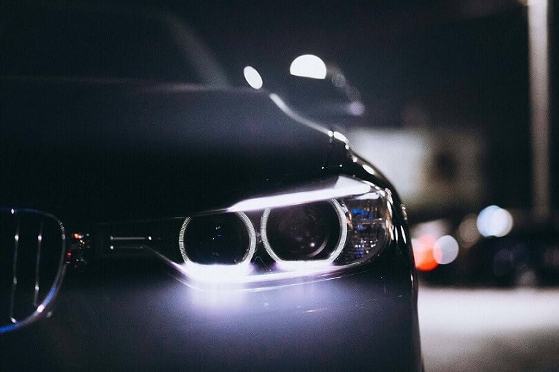 Żarówki LED w samochodzie