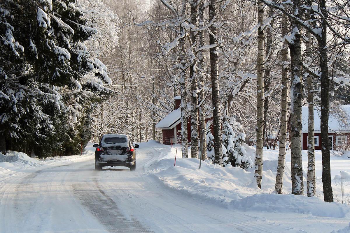 Opony zimowe w samochodzie
